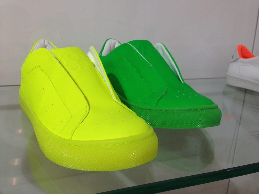 Le scarpe pi belle viste al pitti bimbo 83 for Colori fluo