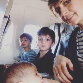 Viaggiare in aereo con i bimbi