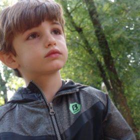 2 figli di età diverse nella stessa scuola: pro e contro