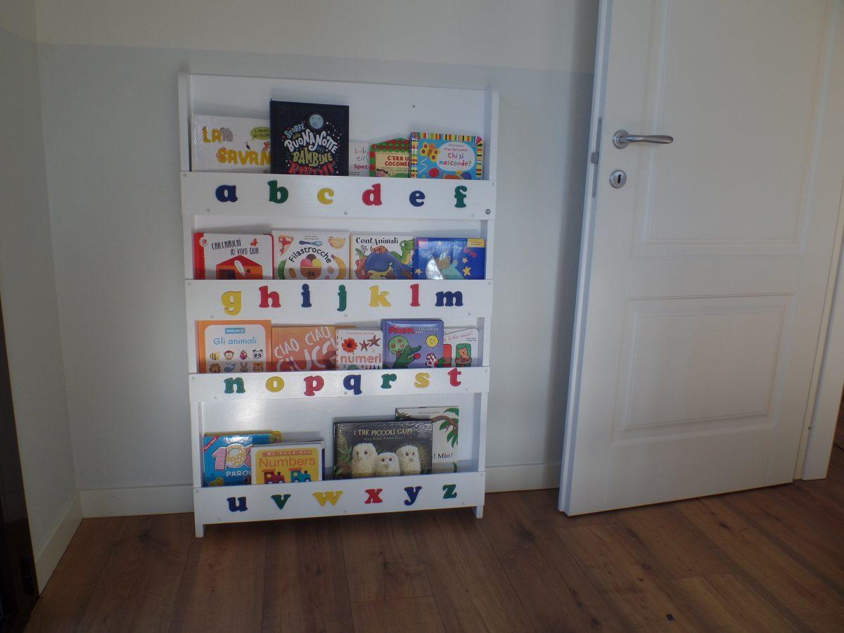 Tidy books librerie montessoriane ed ecologiche mammaholic - Porta libri montessori ...