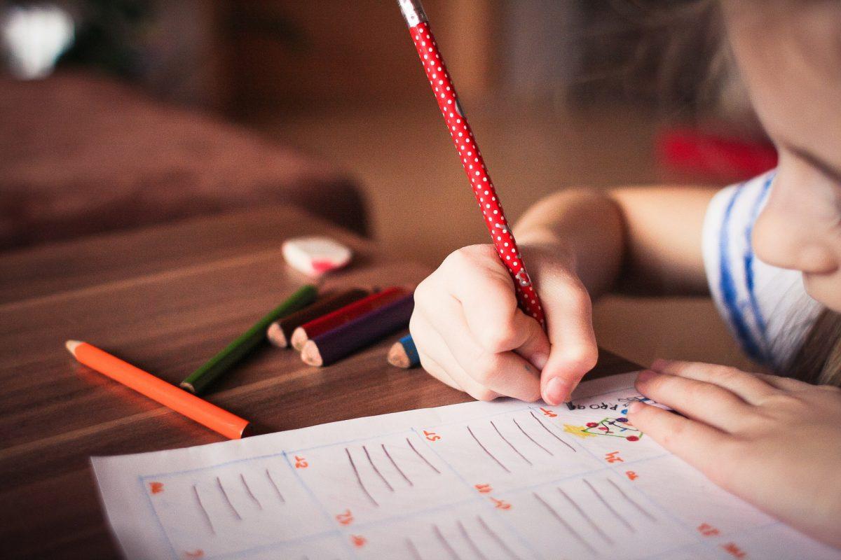 insegnare lingua straniera ai bambini